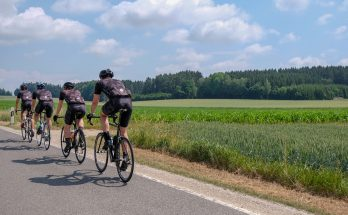 mládežnícky parlament pozýva na cyklotour