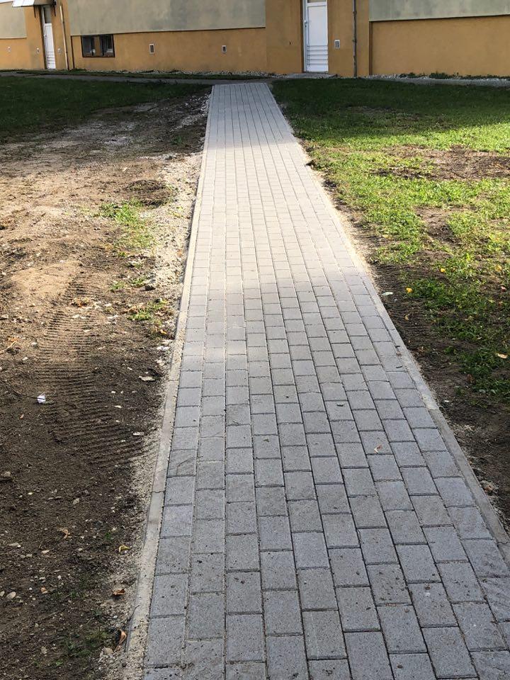 opravený chodník šaľa