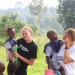 paťka s mamou Jankou dobrovolníčkami v ugande