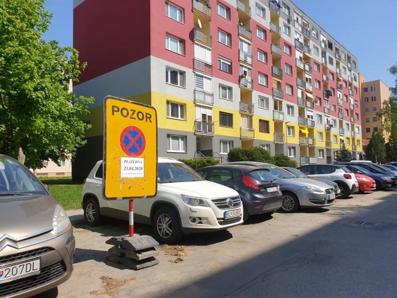 parkovacie miesta Veča