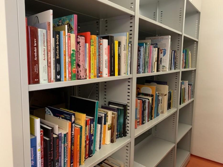 knihy šaľa knižnica